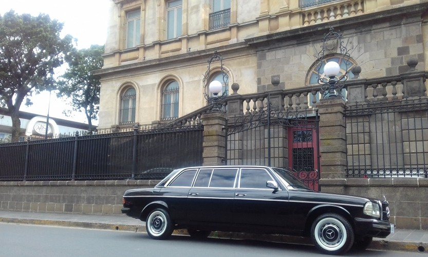 The-National-Theatre-of-Costa-Rica.-LWB-LIMO-LANG.jpg